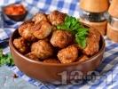 Рецепта Пържени телешки кюфтета с яйца на незалепващ тефлонов тиган
